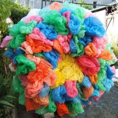 sacs-plastiques-faites-collection-bizarre_27097.jpg