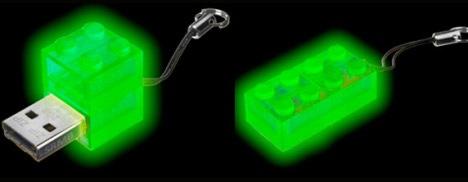 glow-usb-lego.jpg