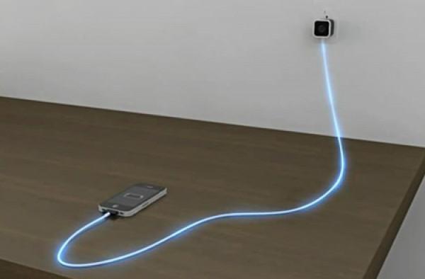 Un-cable-usb-pour-peripheriques-mobiles-qui-sillumine-en-fonction-de-la-charge