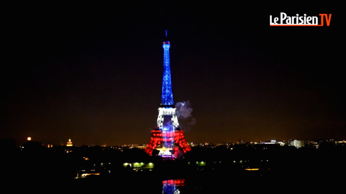 Tour-eiffel-feu-artifice-14-juillet-2014-paris